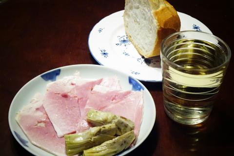 バタールとハムとアーティチョークと白ワイン