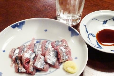 秋刀魚の刺身と