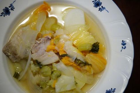 野菜と豚バラ肉の煮込み